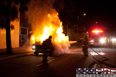 111216 LAFD Auto Fire MLK at Broadway-111