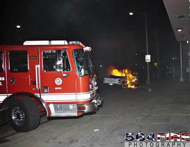 120113 LAFD Auto Fire Veron Ave & Main St-100