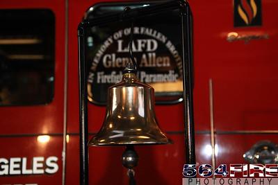 LAFD Glenn Allen Candlelight Vigil 2-24-11-111