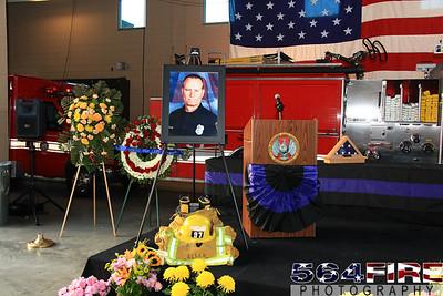 LAFD Glenn Allen Candlelight Vigil 2-24-11-102