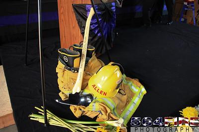 LAFD Glenn Allen Candlelight Vigil 2-24-11-104