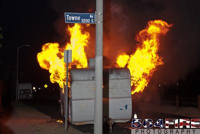 110826 LAFD Trailer Fire-105