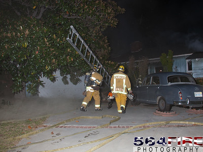 111217 LACoFD Structure Fire Ladera Heights-103