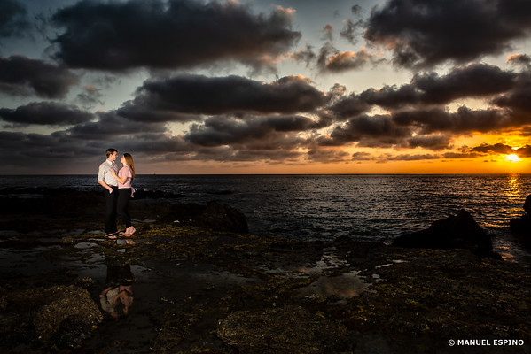 Orange County Romantic Sunset Engagement Sesion
