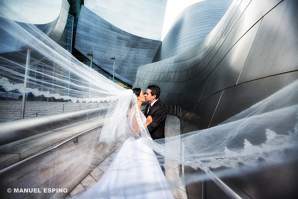 Los Angeles Disney Concert Hall Wedding Photography Manuel Espino