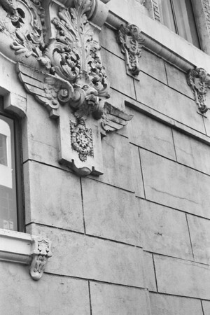 Downtown LA Art Deco Tour (Black & White)