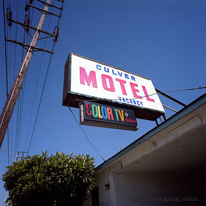 In the last year (2009) of analog TV broadcasts here is one of two Culver City Motels still advertising RCA color TV as a feature.