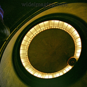 The Griffith Observatory Foucault pendulum, November 5, 2006.