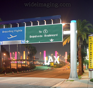 Entrance to LAX, 2:00 AM, October 3, 2007.