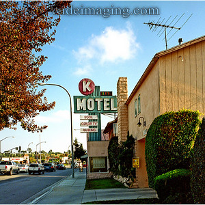 In the last year of analog TV broadcasts here is one of two Culver City Motels still advertising RCA color TV as a feature. October 21, 2007.