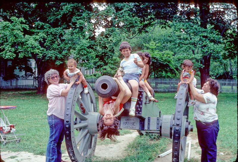 1982_july_bergsons_korns_01 copy