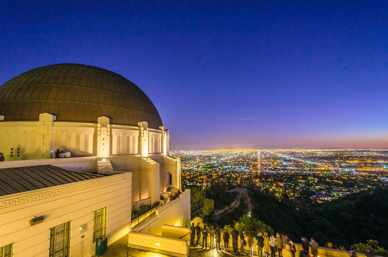 Observatory Griffith Park at night