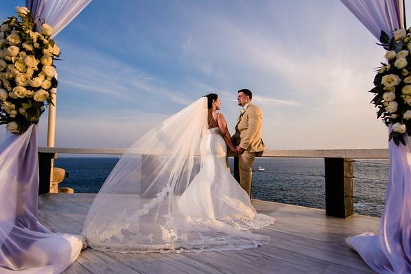 Los Cabos wedding at Sunset Monalisa. L & M