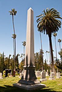 hollywood-forever-cemetery-1