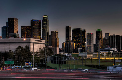 los-angeles-freeway-skyline-1