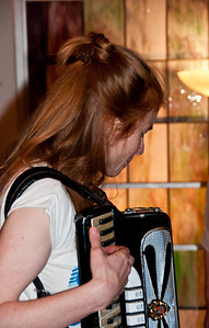 moira-smiley-accordian-1