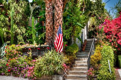 house-garden-flag-1