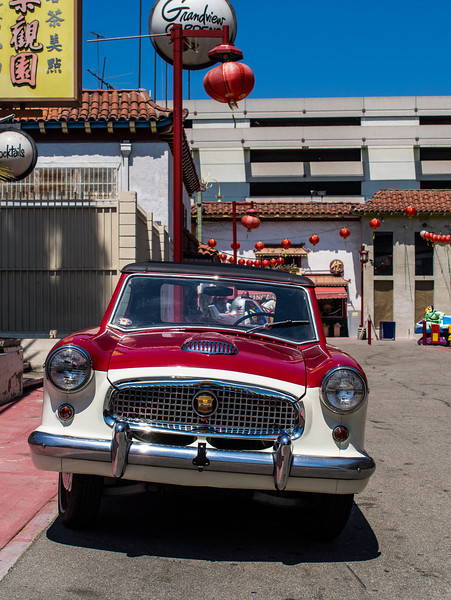 Nash Metropolitan in Chinatown