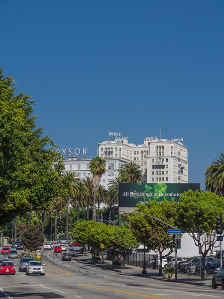 Wilshire Blvd, old style