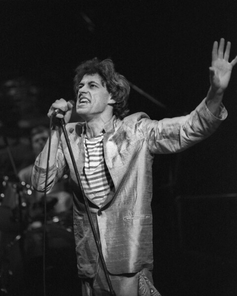 SAN FRANCISCO, CA-APRIL 16: Bob Geldorf performs with the Boomtown Rats at the Warfield Theater in San Francisco on April 16, 1980. (Photo by Clayton Call/Redferns)