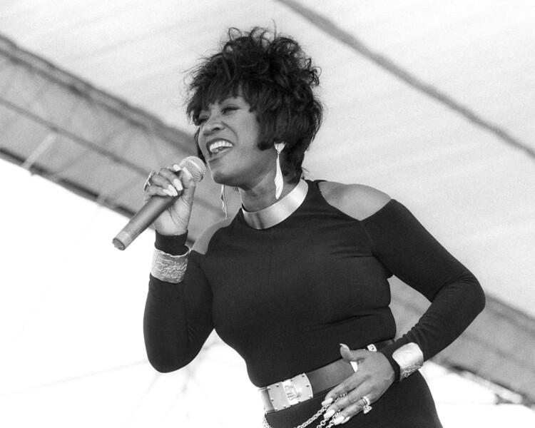 NEW ORLEANS, LA-APRIL 29: Patti Labelle performs at the New Orleans Jazz & Heritage Festival on April 29, 1993. (Photo by Clayton Call/Redferns)