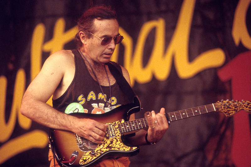 NEW ORLEANS, LA-APRIL 30: Ry Cooder performs with Ali Farka Toure at the New Orleans Jazz & Heritage Festival on April 30, 1994. (Photo by Clayton Call/Redferns)