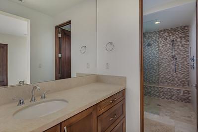 021_Guest Bathroom