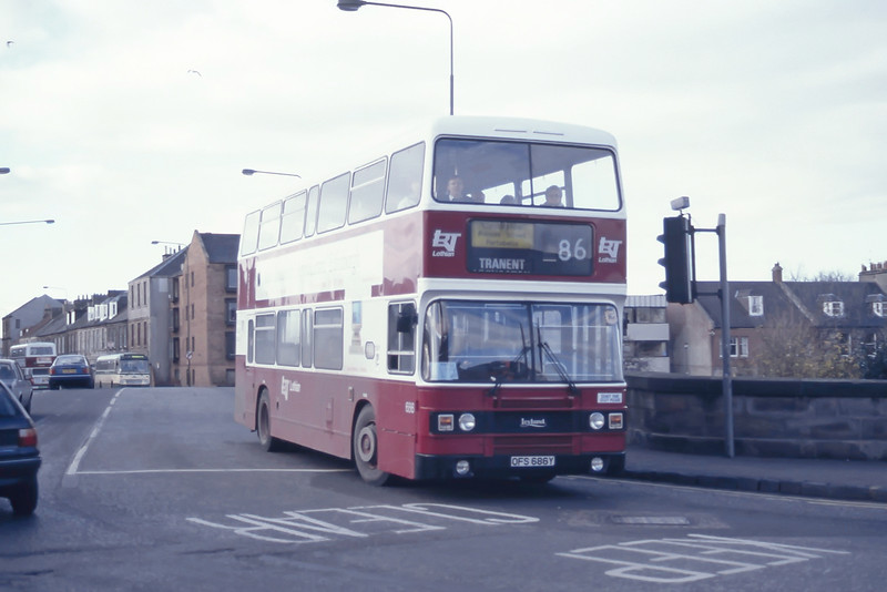 Lothian 686 Musselburgh Bridge Mar 95