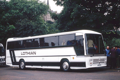 Lothian 66 Waverley Bridge Edinburgh Aug 86
