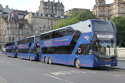 Lothian 1132 Line Up Waverley Bridge Edinburgh Sep 19