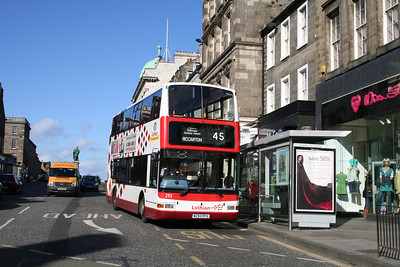 293 on a 45 for Riccarton is less usual and is seen here on Hanover Street