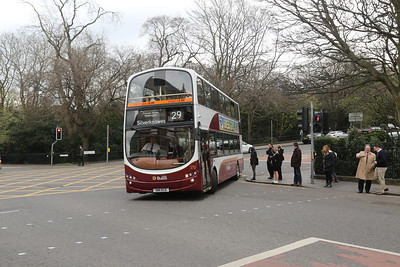 370 heads north for Silver Nose via Heriot Row