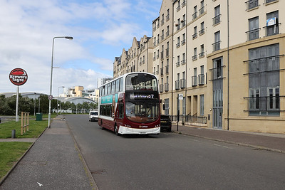352 heads back to the RIE along Newhaven Place on the final day of 7 operation here. 11th July 2020  I provide assistance with directions for the driver...his first run down here.