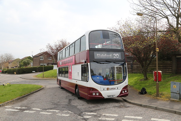 717 a nice bonus B7 at Hallcroft Park on a late morning move to the office