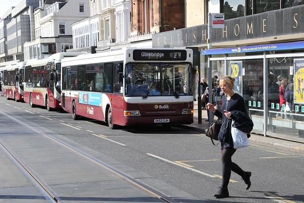 64 is on borrowed time and soon to be usurped on the 29 as she goes decker in two days time.  Sadly the shot is spoiled by a pedestrian.