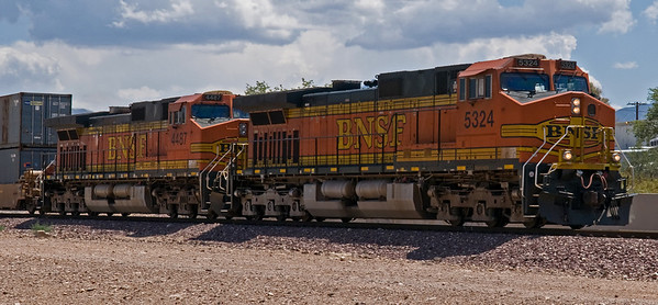They build 'em big in the US of A. This pair of locos was pulling a huge amount of freight though Kingman, Arizona, right next to the historic Route 66