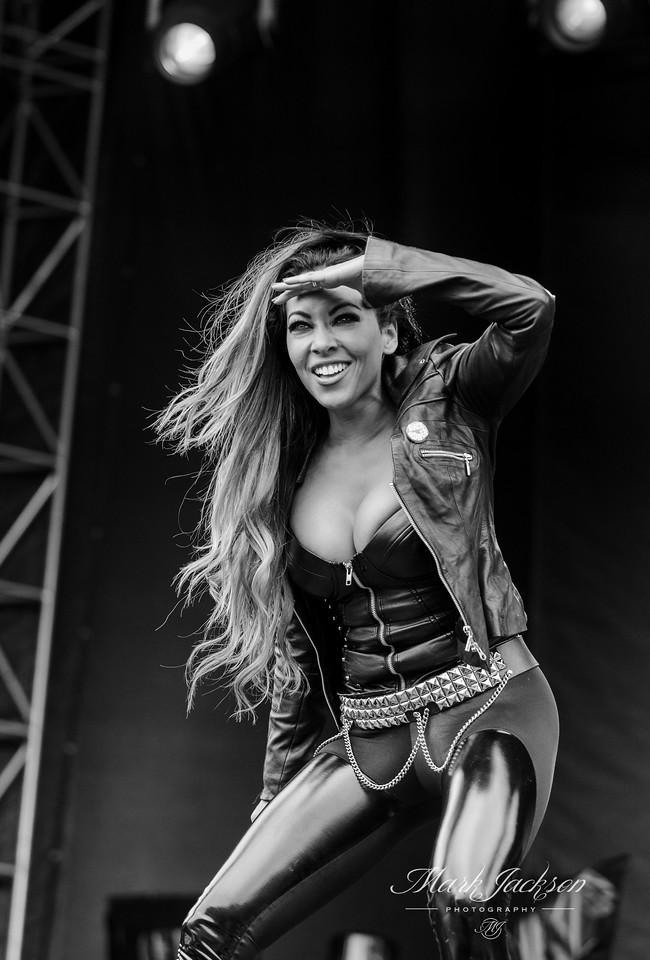 louder than life (21 of 592)