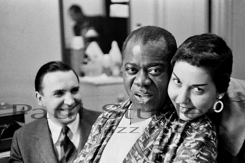 Louis Armstrong with Paul Studer and Jeann Faillows 01