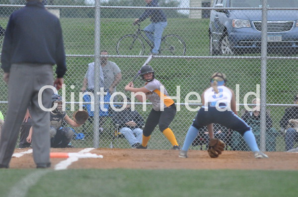 Louisa- Muscatine at Northeast regional softball (7-9-15)