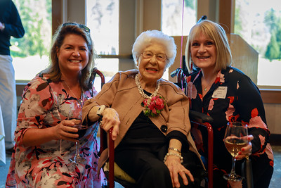 Louise George Family and Friends wish her Happy Birthday  (102 of 9)