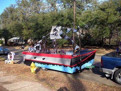 Minden Mardi Gras 2007 18 Float is Complete