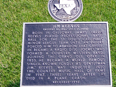 03  Jim Reeves Memorial - Carthage, TX