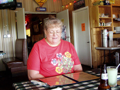 06  Cashpoint Landing Restaurant - Bossier City, LA -  Glenda
