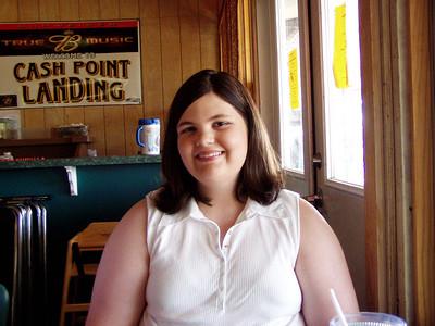 08  Cashpoint Landing Restaurant - Bossier City, LA - Jessica