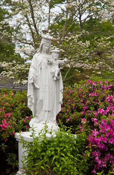 The Madonna and child statue at Our Lady of Mt. Carmel church in St. Francisville, Louisiana, USA, America.