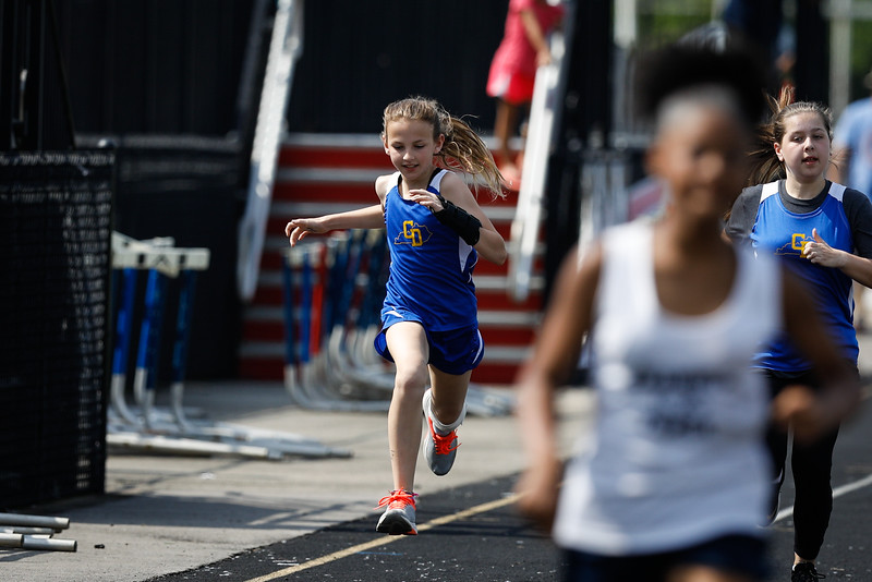 2019-05-18 Eastern Middle School Track Classic-2419