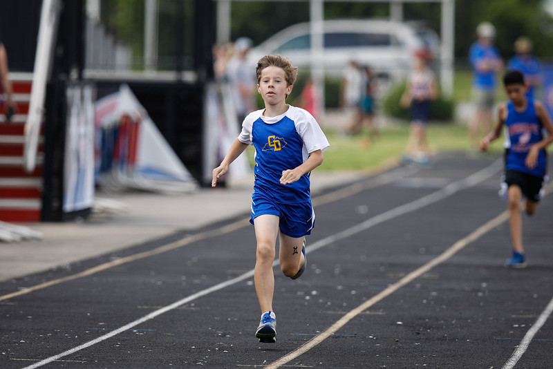 2019-05-18 Eastern Middle School Track Classic-2480