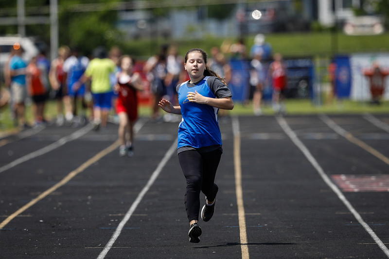 2019-05-18 Eastern Middle School Track Classic-1578