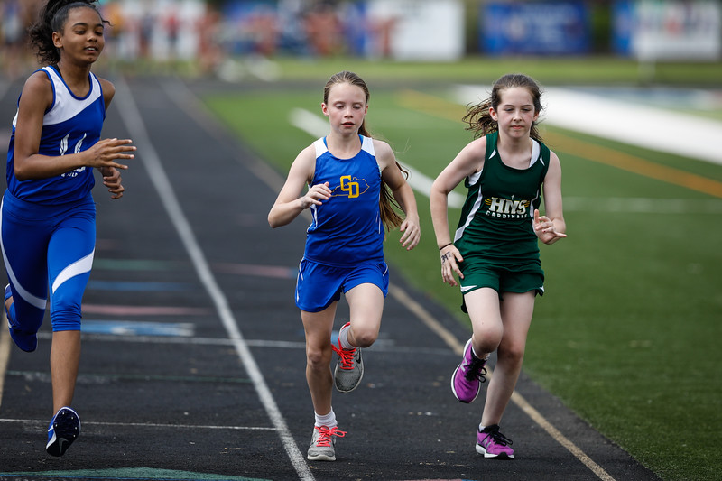 2019-05-18 Eastern Middle School Track Classic-2064