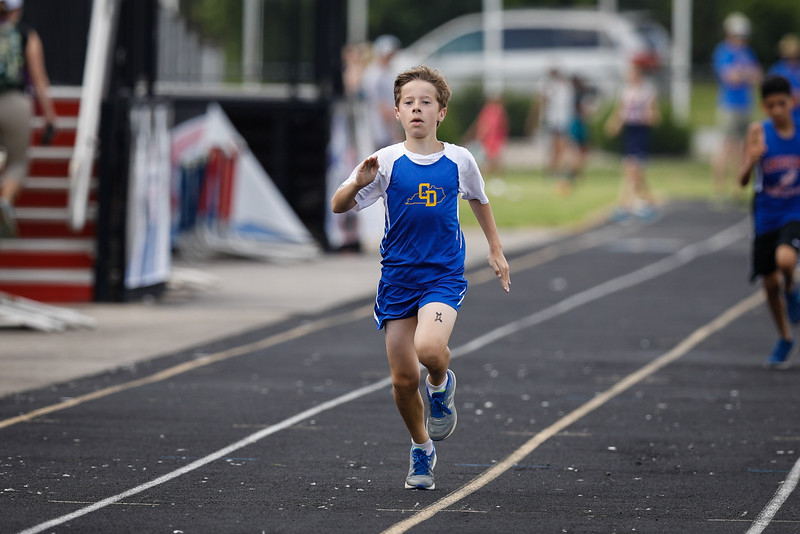 2019-05-18 Eastern Middle School Track Classic-2481
